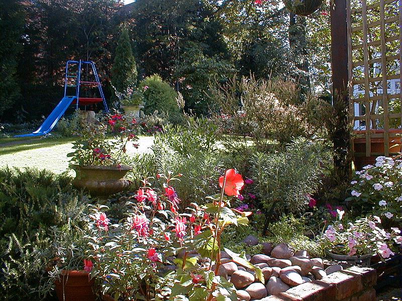 Family Garden Landscapers Wimbledon