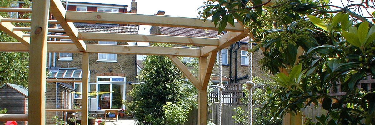 Family Garden Design Croydon